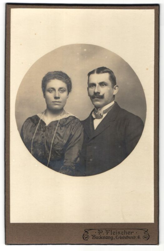 Fotografie P. Fleischer, Backnang, Portrait bürgerliches Paar 0