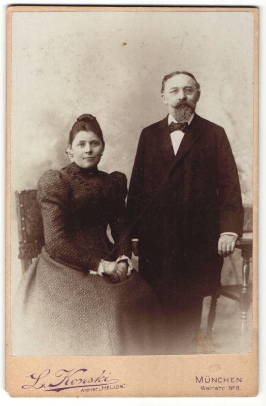 Fotografie L. Konski, München, Portrait Vater und Tochter 0