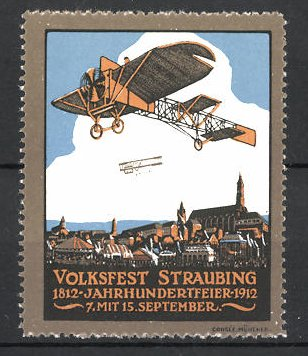 Reklamemarke Straubing, Volksfest & Jahrhundertfeier 1812-1912, Flugzeuge fliegen über der Stadt