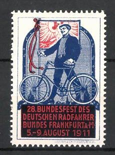 Reklamemarke Frankfurt / Main, 28. Bundesfest des Deutschen Radfahrerbundes 1911, Radfahrer mit Fahne & Fahrrad