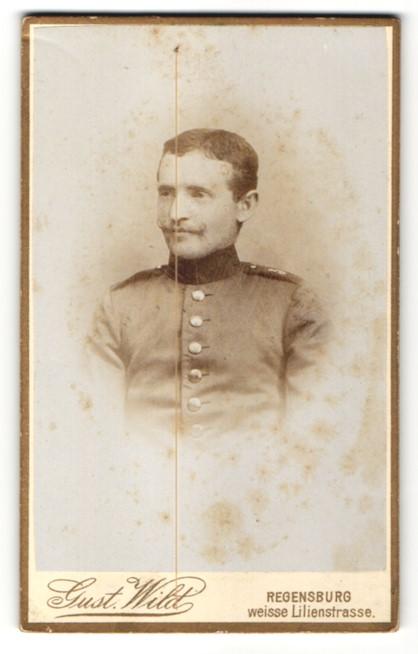 Fotografie Gustav Wild, Regensburg, Portrait Soldat in Uniform