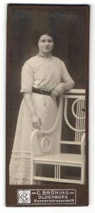 Fotografie C. Brüning, Oldenburg, Portrait junge Frau mit Hochsteckfrisur