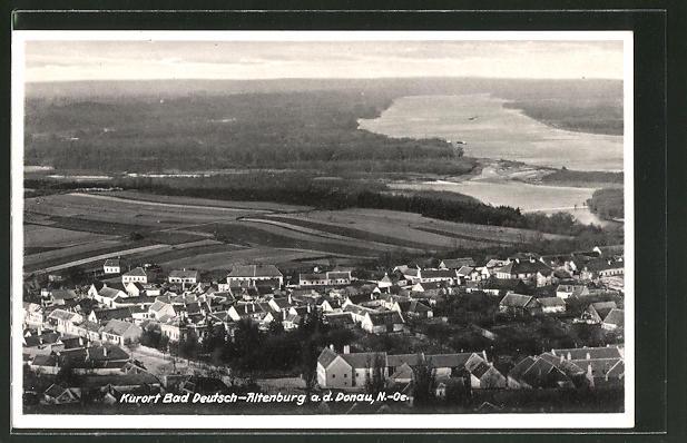 AK Bad Deutsch-Altenburg, Ortspanorama vom Berg aus gesehen