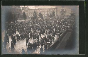 Foto-AK Innsbruck, Kundgebung für Deutschsüdtirol am Rennweg 1919