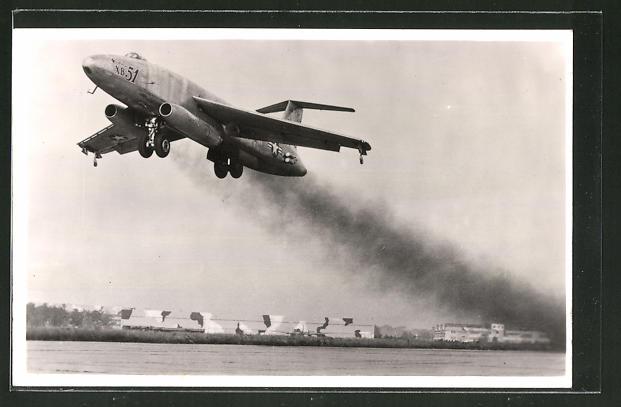 AK Glenn L. Martin XB-51 Flugzeug beim Start