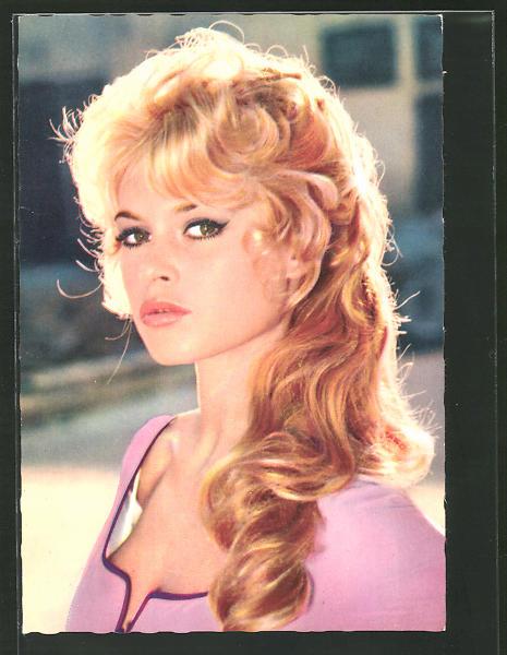 Ak schauspielerin brigitte bardot portrait in einer for Brigitte hachenburg versand