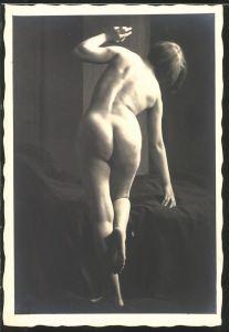 Fotografie Akt-Model, junge nackte Frau Rückansicht
