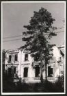 Fotografie 1.WK, Ostfront in Polen, Kriegszerstörung, Ruine in der Strasse Die