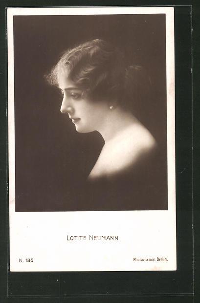 AK Schauspielerin Lotte Neumann, Portrait der Schauspielerin im Profil