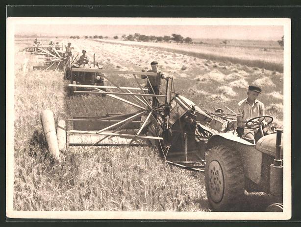 AK Traktoren mit Mähwerk bei der Getreideernte