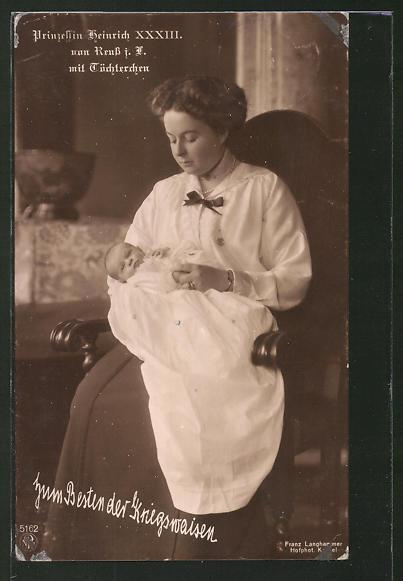 AK Prinzessin Heinrich XXXIII. von Reuss mit Töchterchen