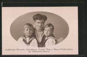 AK Grossherzogin Alexandra von Mecklenburg-Schwerin mit Söhnen