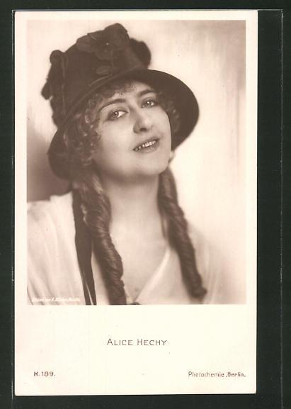 AK Schauspielerin Alice Hechy mit Hut