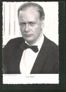 AK Schauspieler Curd Jürgens im Anzug