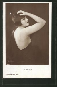 AK Schauspielerin Lia de Putti mit schwarzem Bob