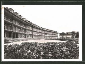 AK Halle-Dölau / Saale, Partie am Luftwaffenlazarett 0