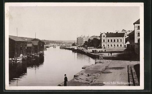 AK Selangersan, Partie am Fluss mit Passanten