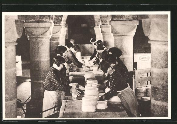 AK Roquefort, Une salle d'expéditions, Verpacken der Käseleibe