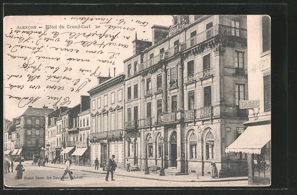 AK Alencon, l'hôtel du Grand-Cerf, des gens dans la rue
