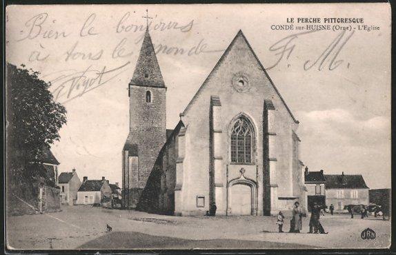 AK Condé-sur-Huisne, l'église vue de la place