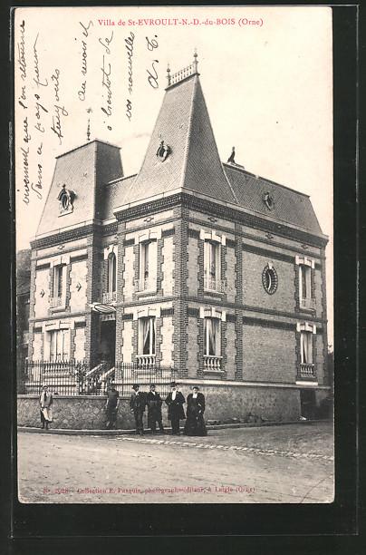 AK St-Evroult-N.-D.-du-Bois, Villa vue de la rue