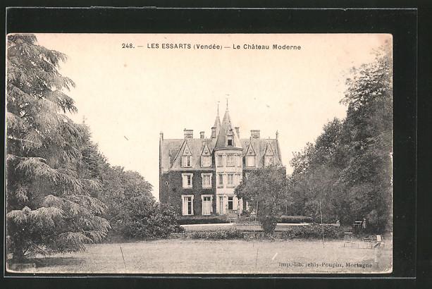 AK Les Essarts, le château moderne, la facade principale