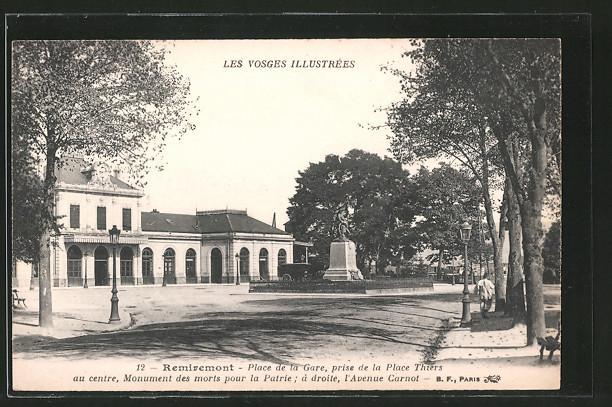 AK Remiremont, Place de la Gare prise de la Place Thiers, Bahnhof