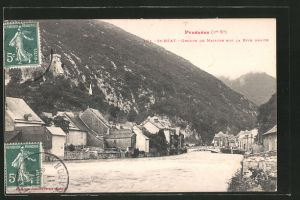 AK Saint-Béat, le groupe de maisons sur la rive droite