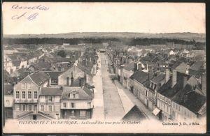 AK Villeneuve-l'Archevêque, la Grand-Rue, vue prise du clocher