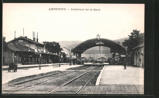 AK Ambérieu, Intérieur de la Gare, Partie im Bahnhof