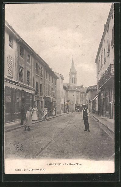 AK Ambérieu, La Grande Rue