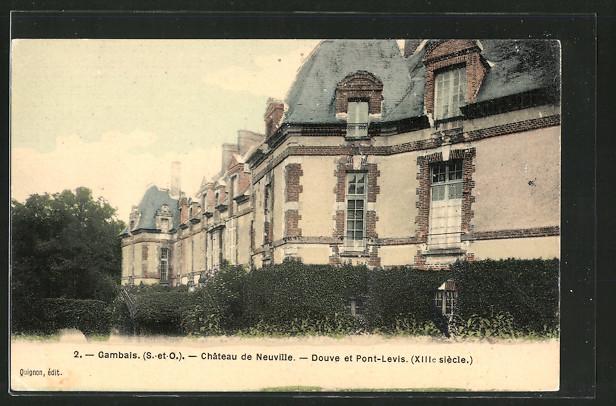 AK Gambais, château de Neuville, douve et Pont-Levis