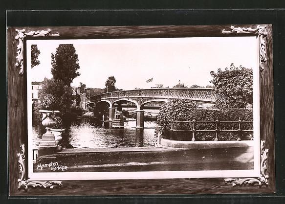 AK London, Hampton Bridge