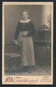 Fotografie Arnold Hirnschrodt, Ried, Portrait bürgerliche Maid
