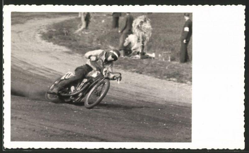 Fotografie Speedway, Motorrad-Rennen, Rennfahrer Rudi Bluerer auf Rennmotorrad mit 500ccm Jap-Motor