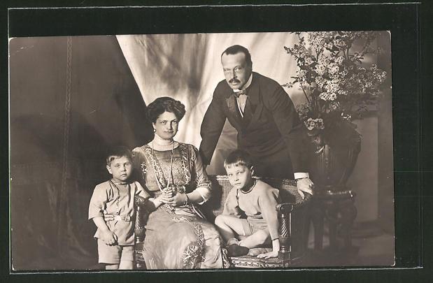 AK Grossherzogliche Familie von Hessen-Darmstadt, 1912