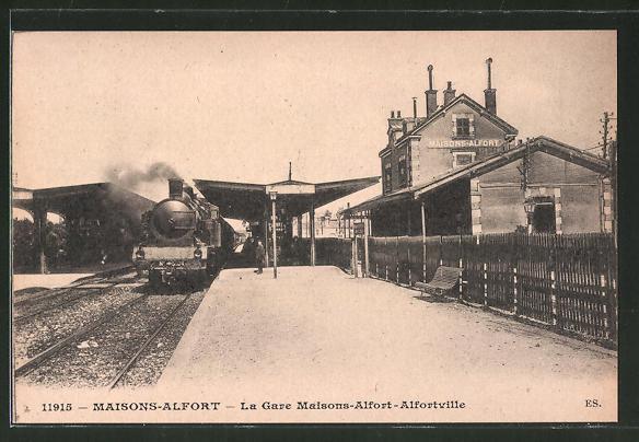 AK Maisons-Alfort, la gare Maisons-Alfort-Alfortville