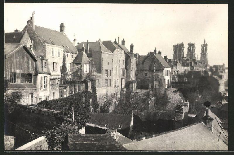 Fotografie Fotograf unbekannt, Ansicht Laon, Blick zur Kathedrale