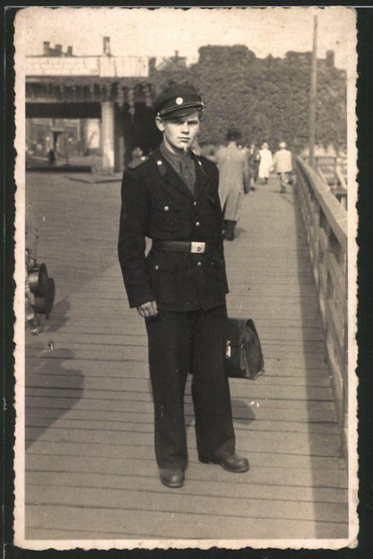Fotografie junger Soldat der KVP Kasernierte Volkspolizei DDR