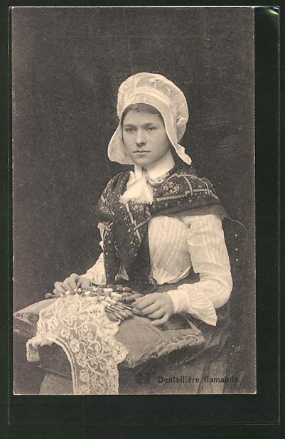 AK Dentellière flamande, Frau beim Klöppeln