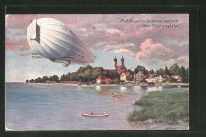 AK Friedrichshafen, Graf Zeppelins lenkbares Luftschiff über dem Bodensee
