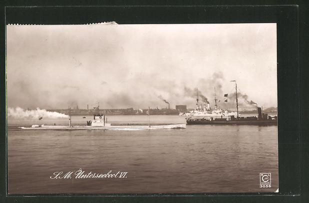 AK U-Boot U 6 läuft in einen Hafen ein