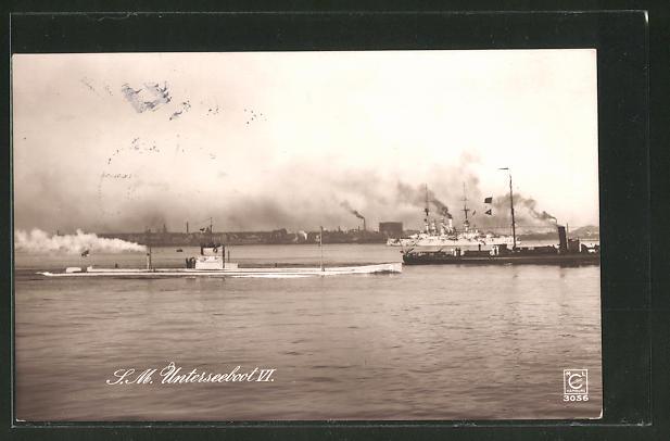 AK S. M. U-Boot U 6 läuft in einen Hafen ein
