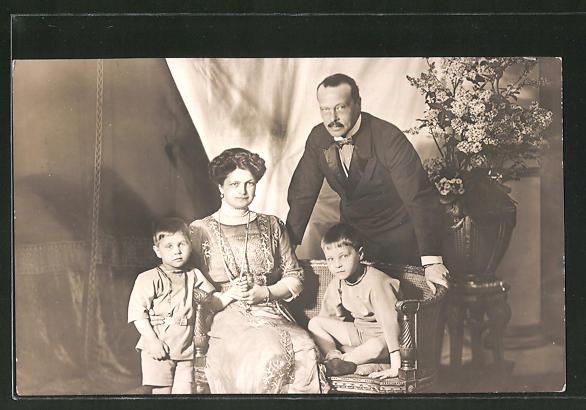 AK Grossherzog von Hessen-Darmstadt mit Familie