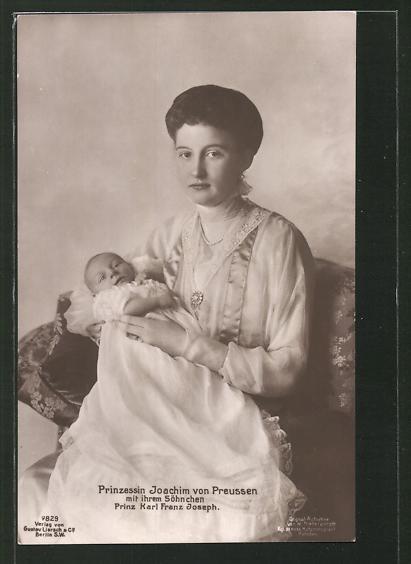 AK Prinz Joachim von Preussen mit ihrem Söhnchen Prinz Karl Franz Joseph