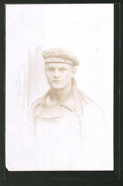 Foto-AK Porträt eines Matrosen in Uniform, U-Boot-Fahrer