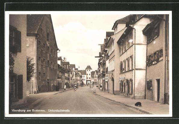 AK Meersburg a. Bodensee, Unterstadtstrasse mit Geschäften