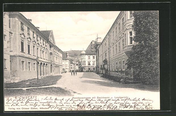 AK Eichstätt, Residenzstrasse mit Bezirksamt und Landgericht