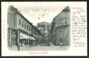 AK Blankenburg am Harz, Tränkestrasse mit Blick zum Schloss