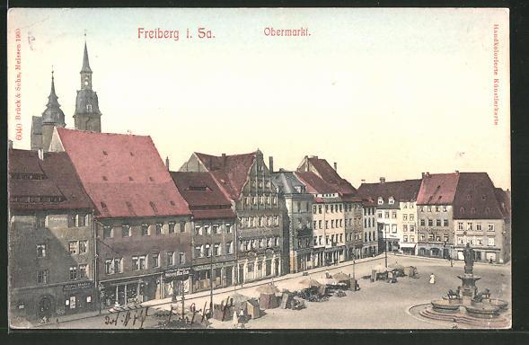 AK Freiberg i. Sa., Obermarkt mit Brunnen